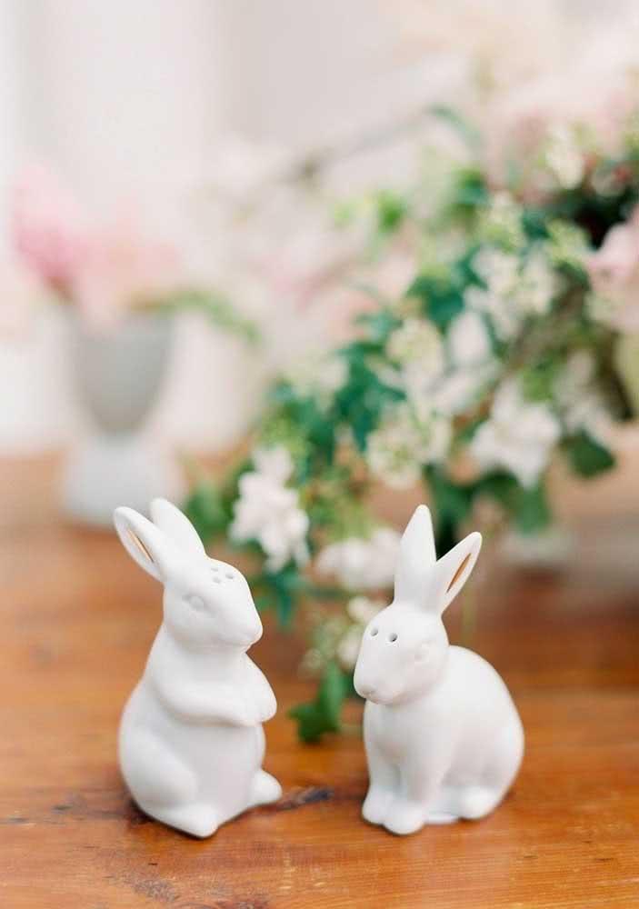 Coelhinhos de cerâmica para trazer charme à mesa de páscoa