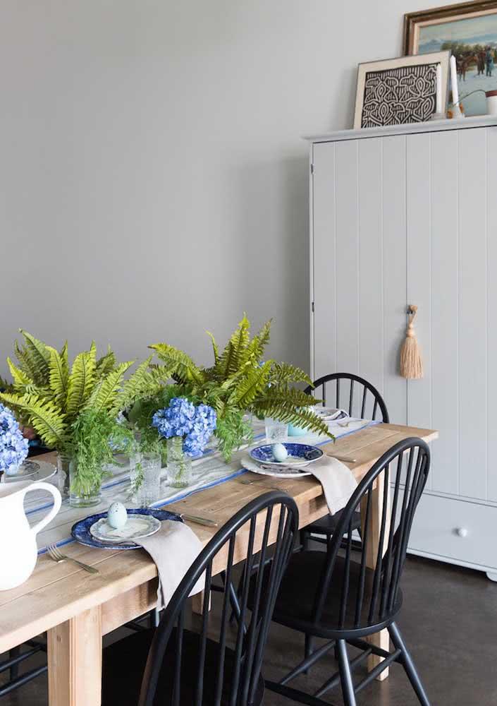 Mesa de páscoa moderna com cores que fogem do tradicional