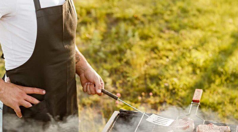Utensílios para churrasco: veja 8 opções de utensílios que são necessários
