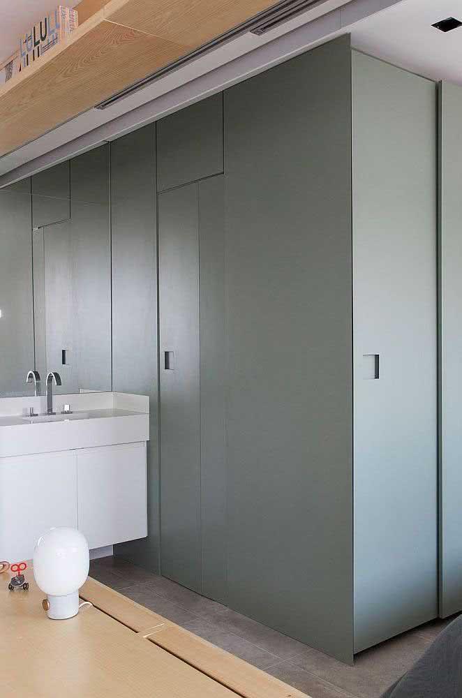 Marcenaria planejada também funciona com portas
