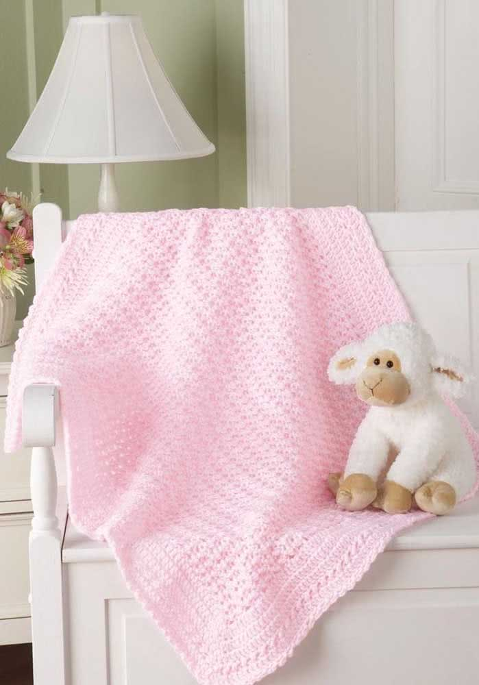 Já a manta de crochê rosa é a preferida para as bebês meninas
