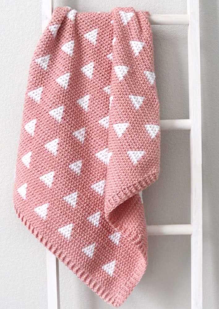 Triângulos para enfeitar a manta de crochê para bebê