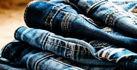 Como tingir roupa