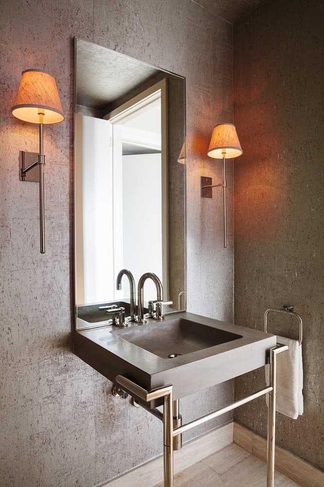 Lavabo com textura de parede suave na cor cinza.