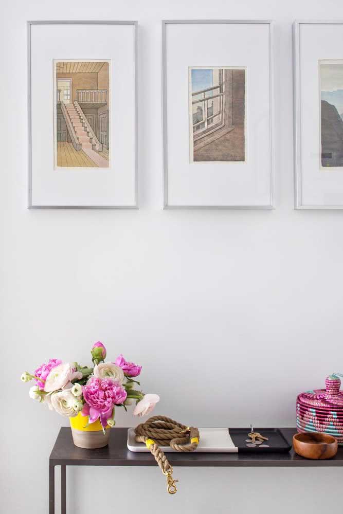 Peônia branca e rosa para um arranjo simples e charmoso