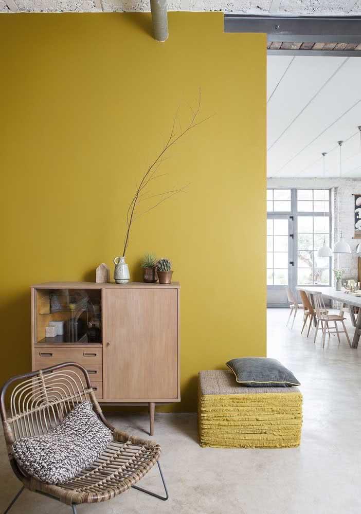 Amarelo mostarda para um ambiente aconchegante
