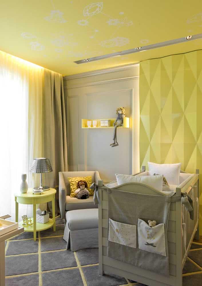 Amarelo e cinza para o quarto de bebê moderno