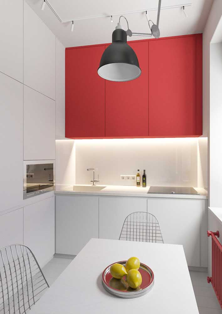 Toque de vermelho na cozinha