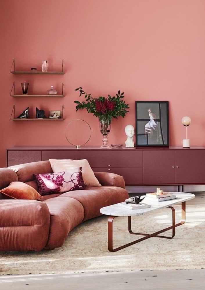 Degrade de tons de rosa para uma sala acolhedora