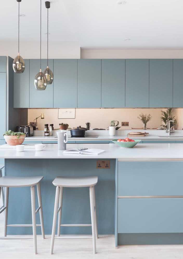 Azul claro para harmonizar a cozinha