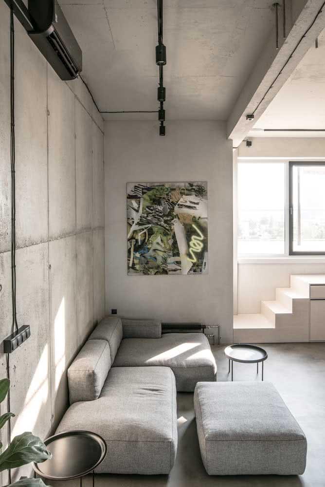 Sofá sem braço cinza com puff para a sala de estilo industrial
