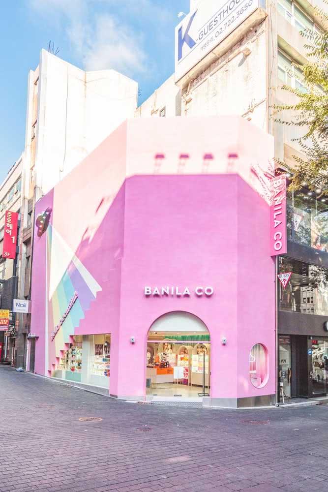 Uma fachada de loja cor de rosa para todo mundo ver!