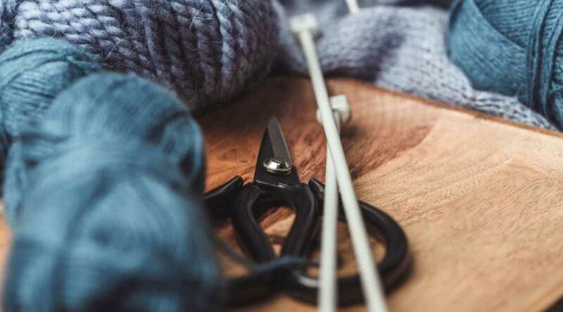 Como fazer tricô: veja tutoriais simples para fazer o seu com passo a passo