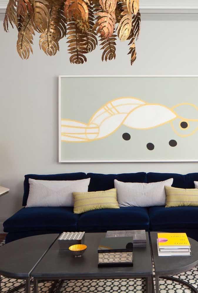 Mesa oval de centro: leve o charme dessa peça para a sala de estar