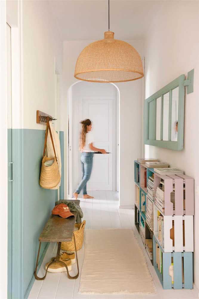 Meia parede no corredor: um jeito simples de renovar a casa