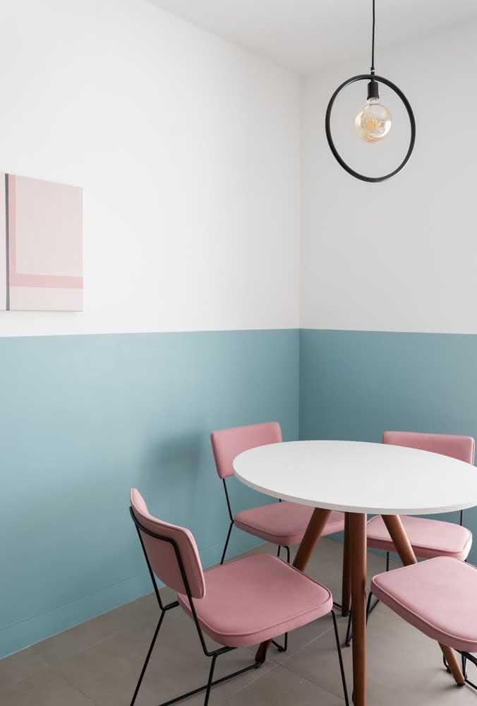 Meia parede pintada de azul: clássica!