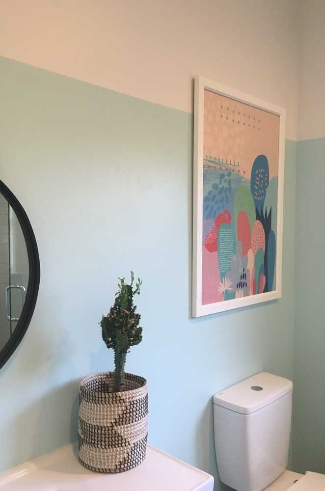 Meia parede: solução prática para redecorar o banheiro