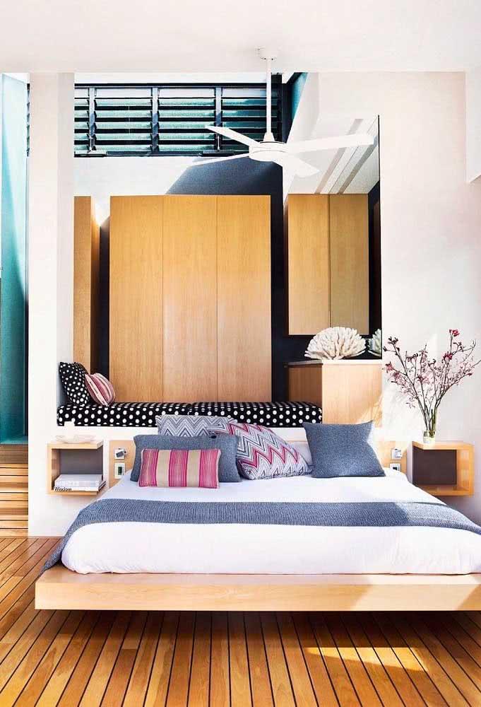 Na hora de fazer a cama flutuante lembre-se de reforçar a estrutura para não ter problemas de o colchão empenar