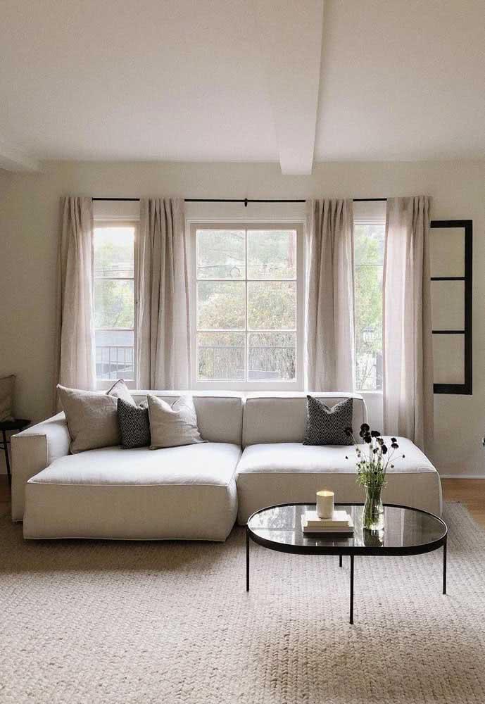 Sofá retrátil para sala pequena: a melhor opção para quem gosta de assistir TV largado no sofá
