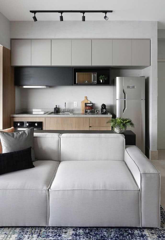 Sala pequena com sofá branco, porque não?