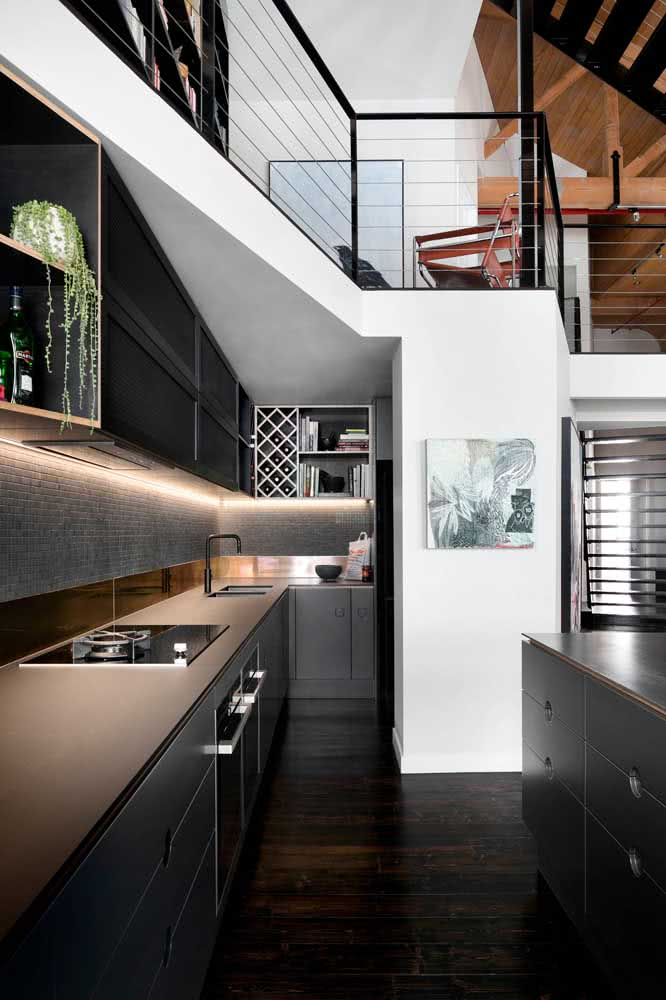 Uma cozinha cinza chumbo para te inspirar!