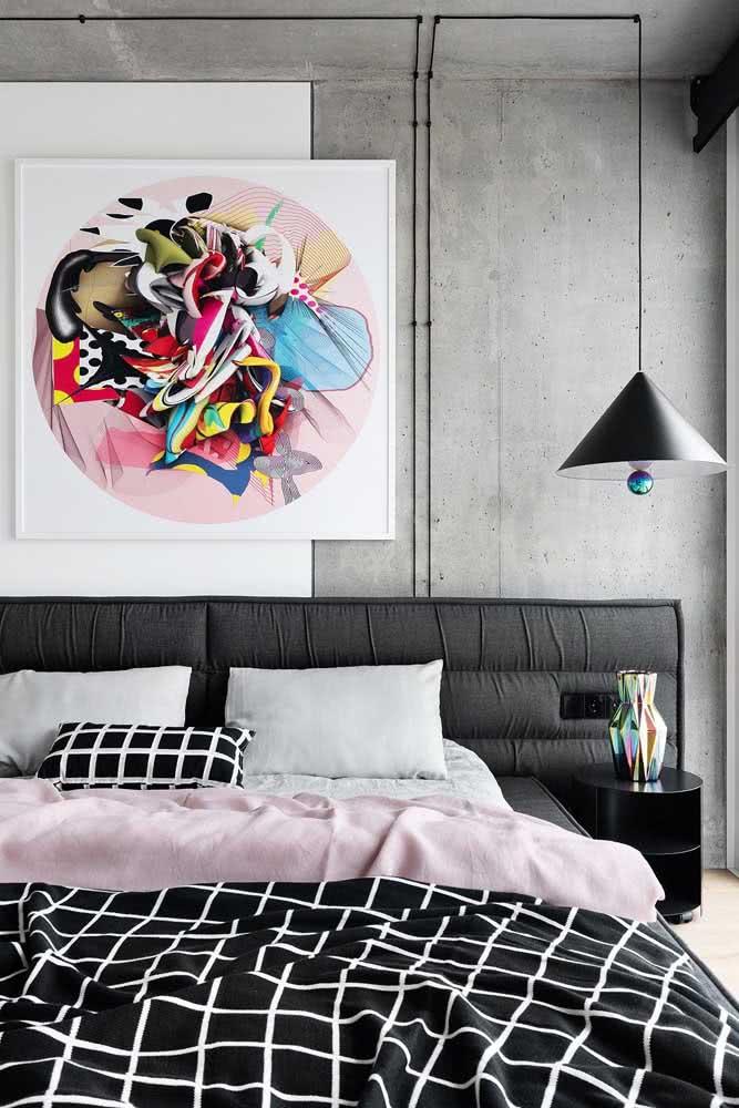 Quarto de casal moderno decorado com o trio queridinho do momento: branco, preto e cinza