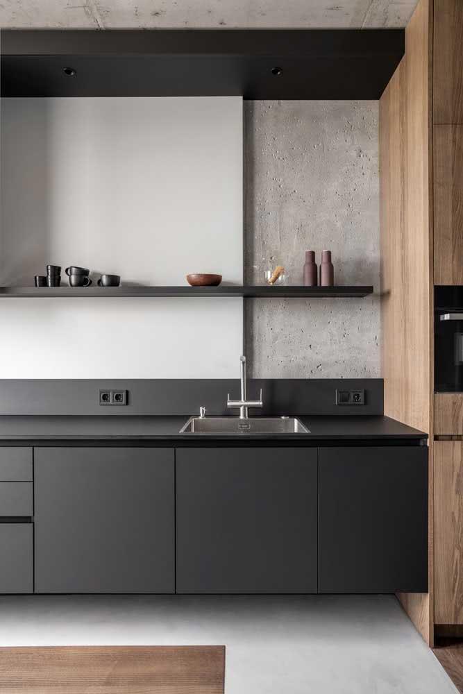 Cozinha cinza chumbo moderna e minimalista