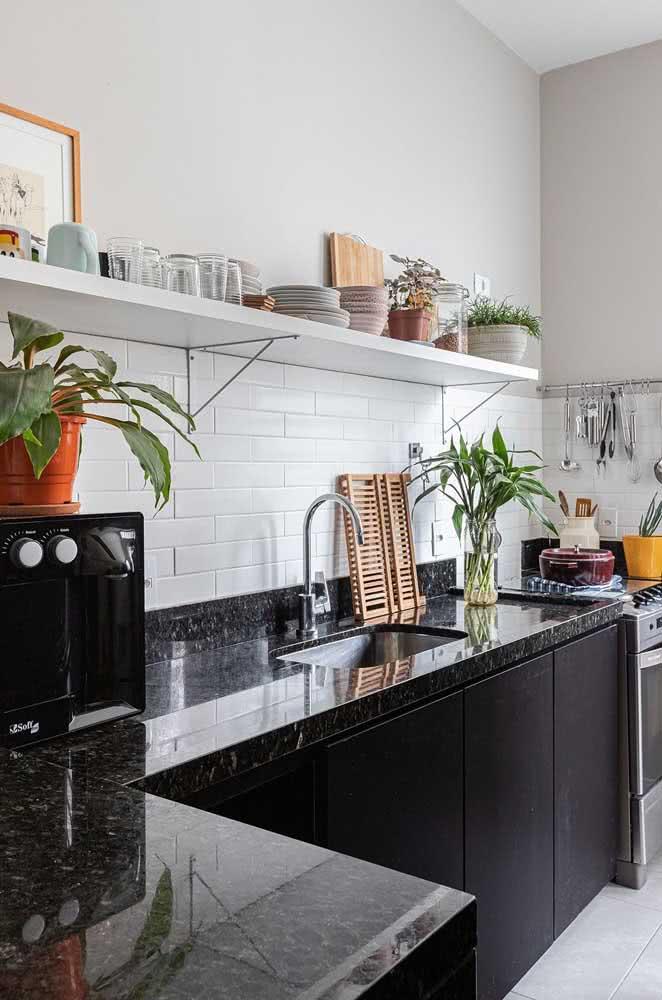 Bancada de granito preto para cozinha: moderna e sofisticada