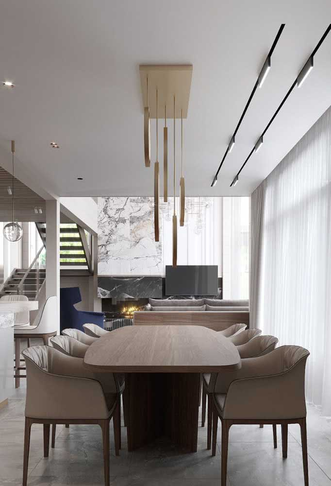 Lustre moderno pendente para sala de jantar. Lembre-se de regular a altura da peça