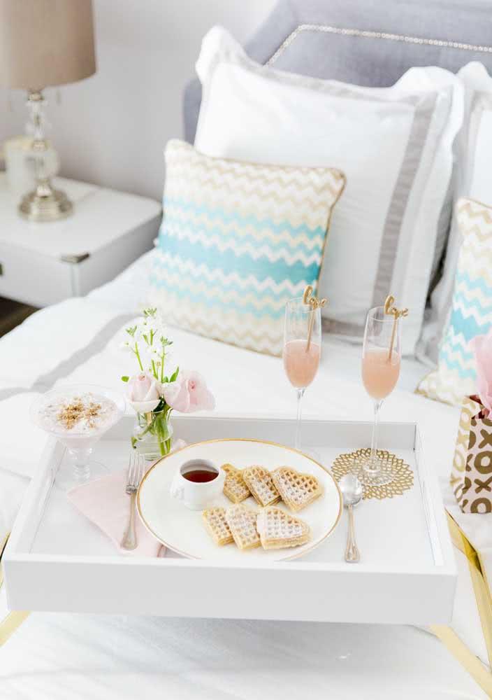 Café da manhã na cama a dois