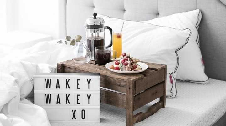 Café da manhã na cama: como organizar, dicas e fotos incríveis para se inspirar
