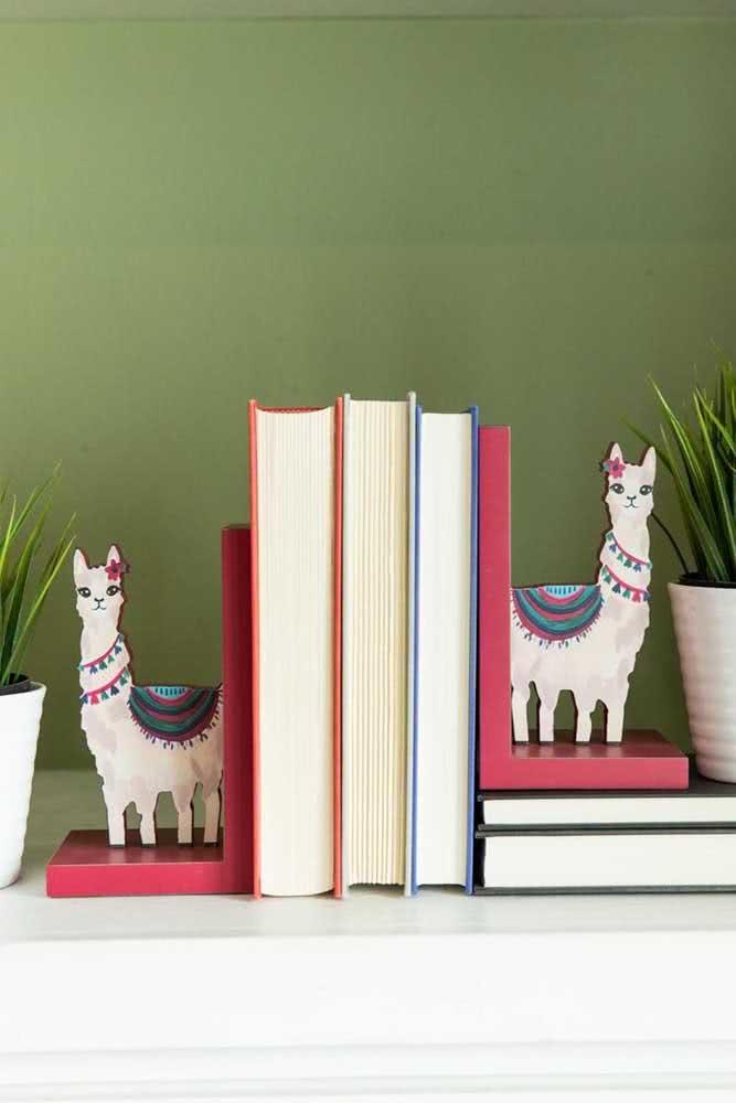Que tal algumas lhamas simpáticas para segurar os seus livros?