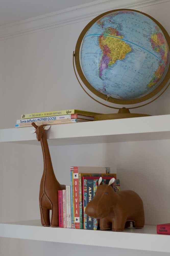 Aparador de livros infantil combina com bichinhos