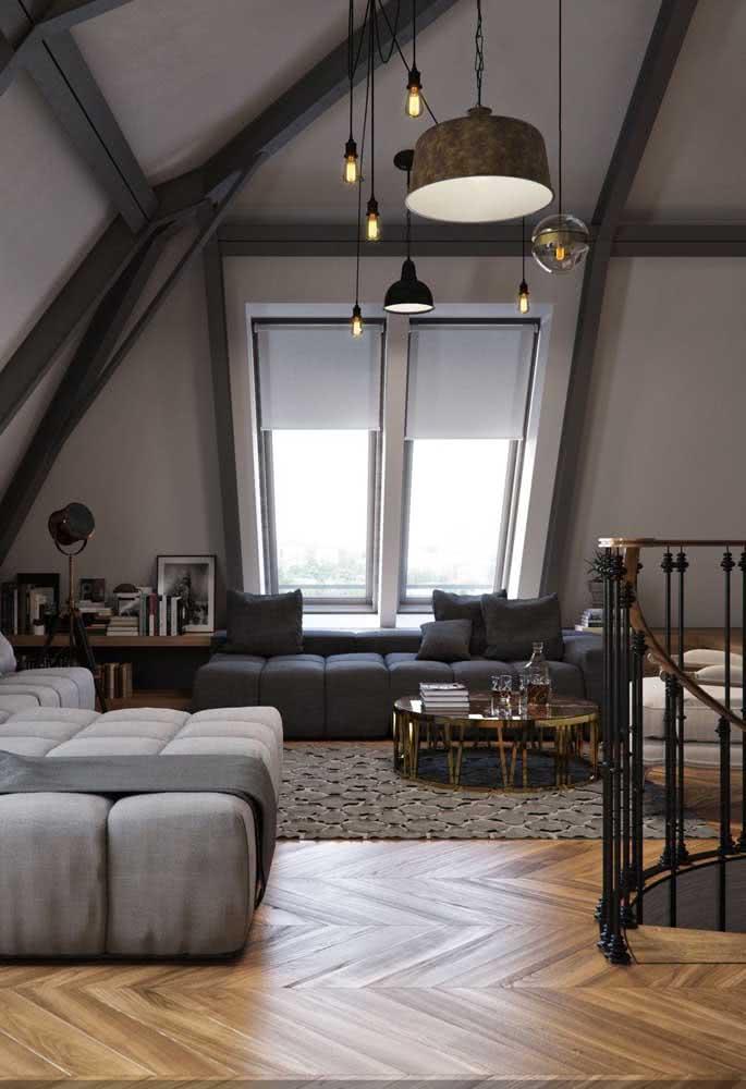 Sala de estar no sótão: perfeita para recepcionar com mais intimismo e aconchego
