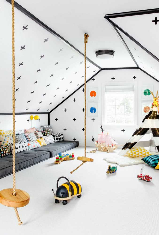 Brinquedoteca no sótão: diversão garantida em um cantinho montado só para as crianças