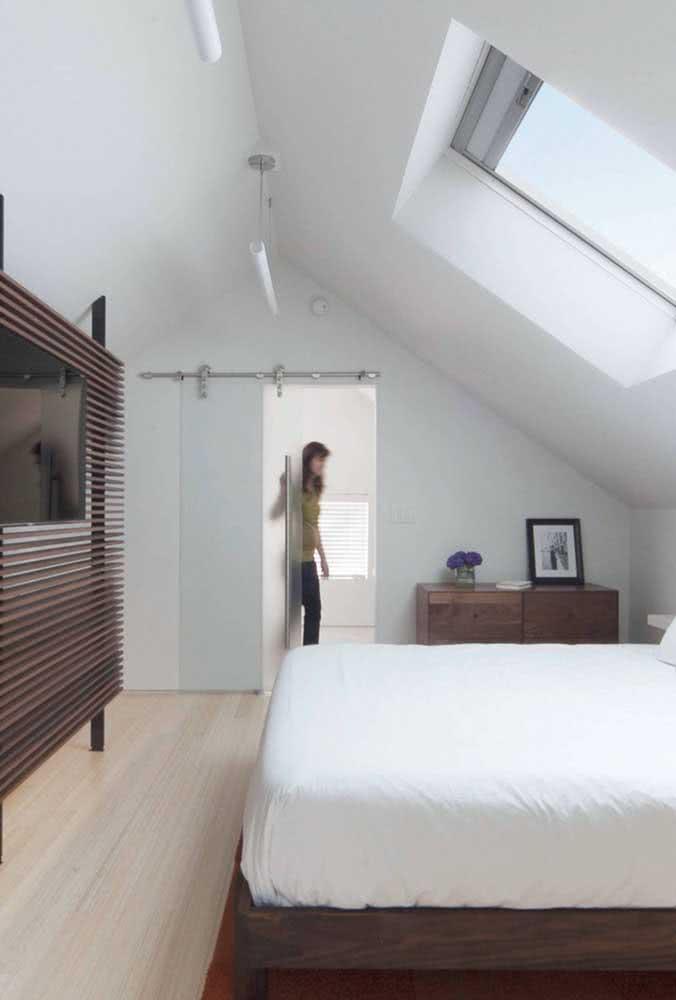 Iluminação e ventilação sob medida para receber o quarto no sótão
