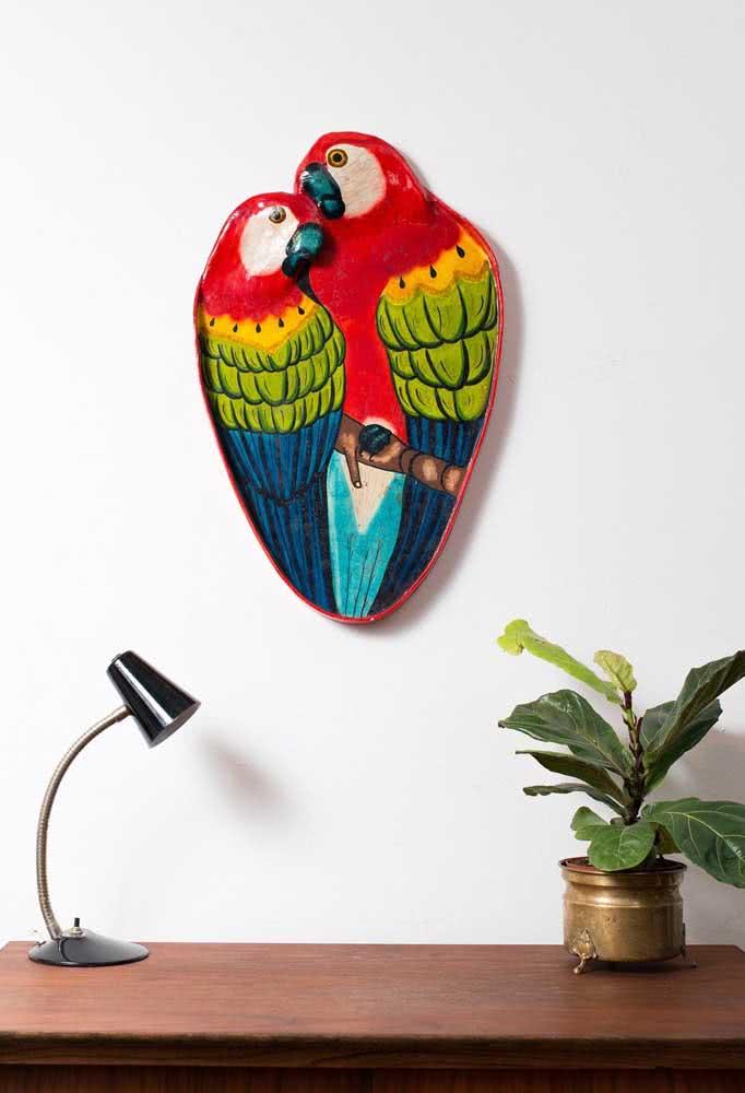 Araras! Um pássaro símbolo do Brasil confeccionado em uma técnica que também é a cara do nosso país