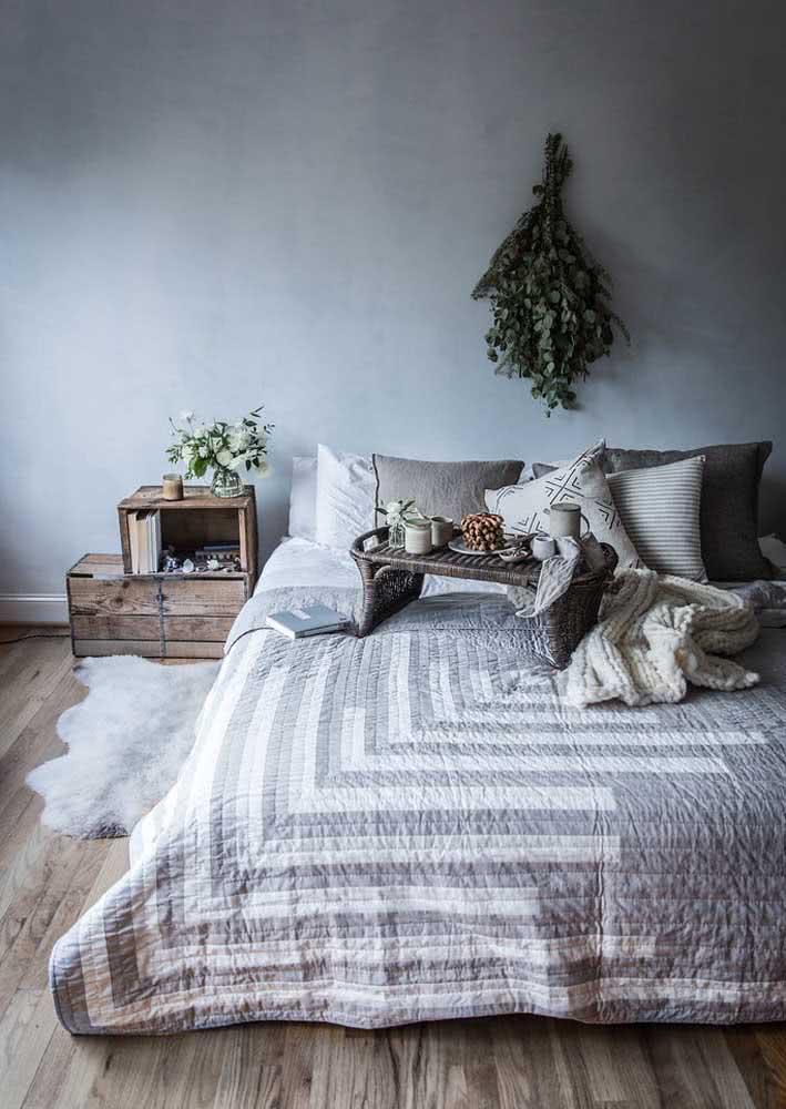 Café da manhã romântico na cama, quem resiste?