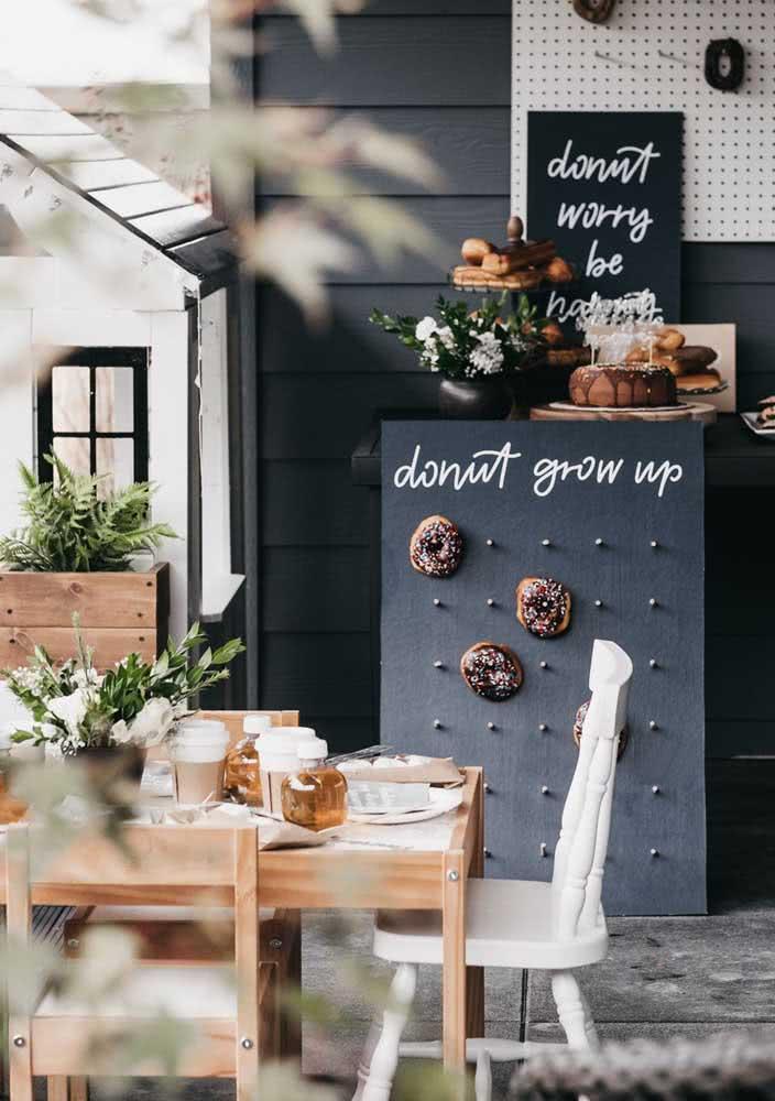Um jeito diferente e criativo de servir donuts no café da manhã
