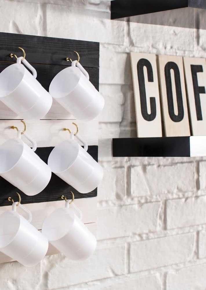 O cantinho do café já está preparado para receber as visitas