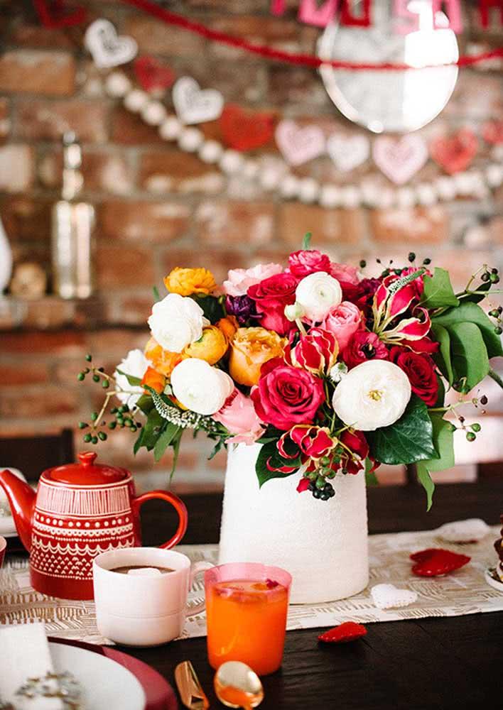 As flores expressam sentimentos, ideal para um café da manhã romântico