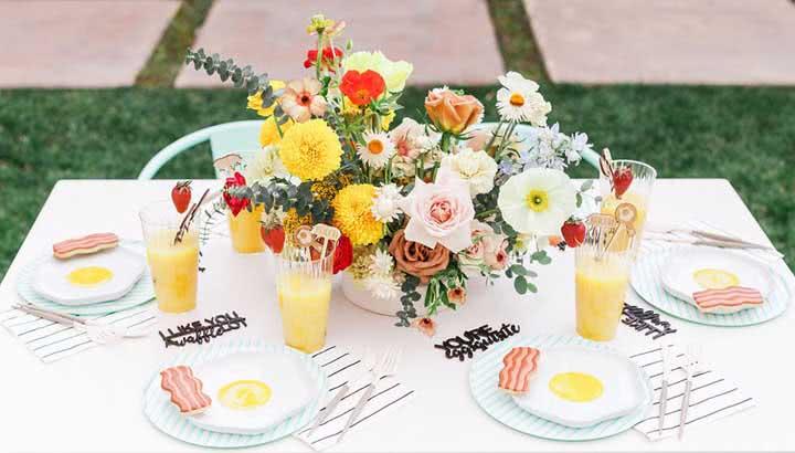 Mesa de café da manhã: o que servir, dicas e fotos de decoração incríveis