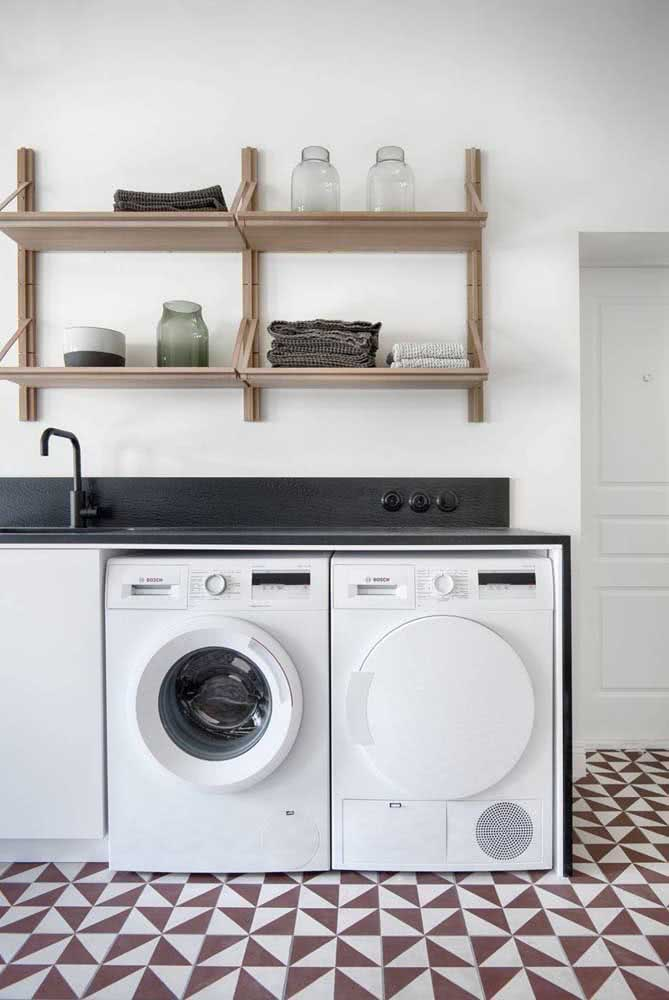 Quantas prateleiras você precisa na lavanderia?
