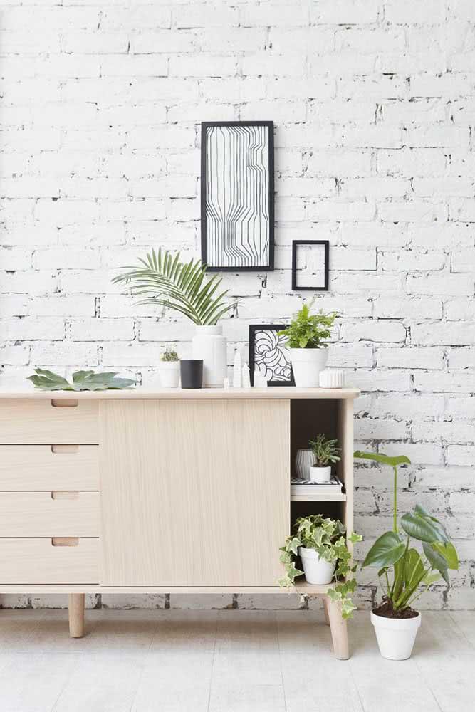 As plantas também são ótimas companheiras dos tijolinhos brancos