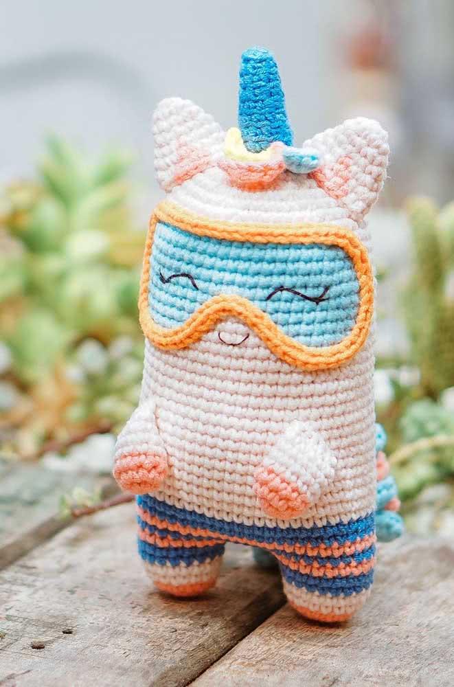 Unicórnio de crochê para fazer seu dia mais feliz