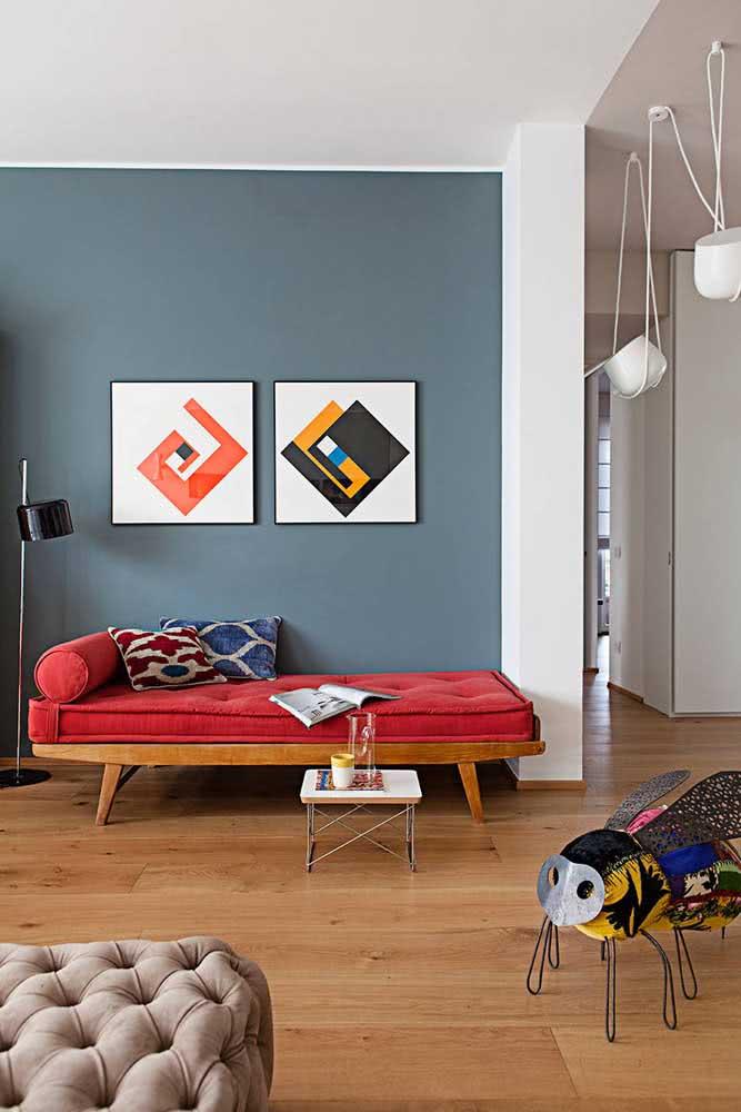 Composição de dois quadros para a parede principal da sala