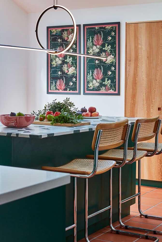Composição de quadros para cozinha: harmonia de cores