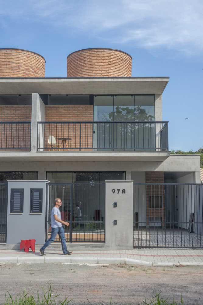 Casas germinadas com fachadas modernas. Solução arquitetônica para diferentes projetos