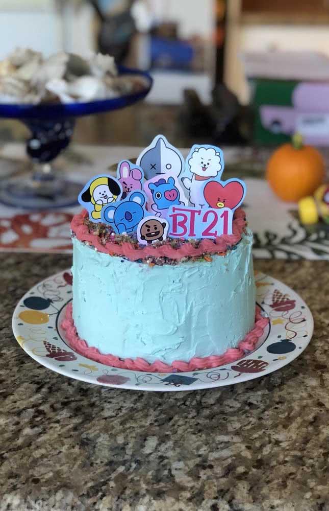 O destaque desse outro bolo é o BT21