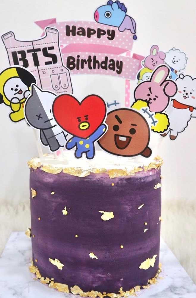 A cultura jovem se mistura com a decoração do bolo BTS